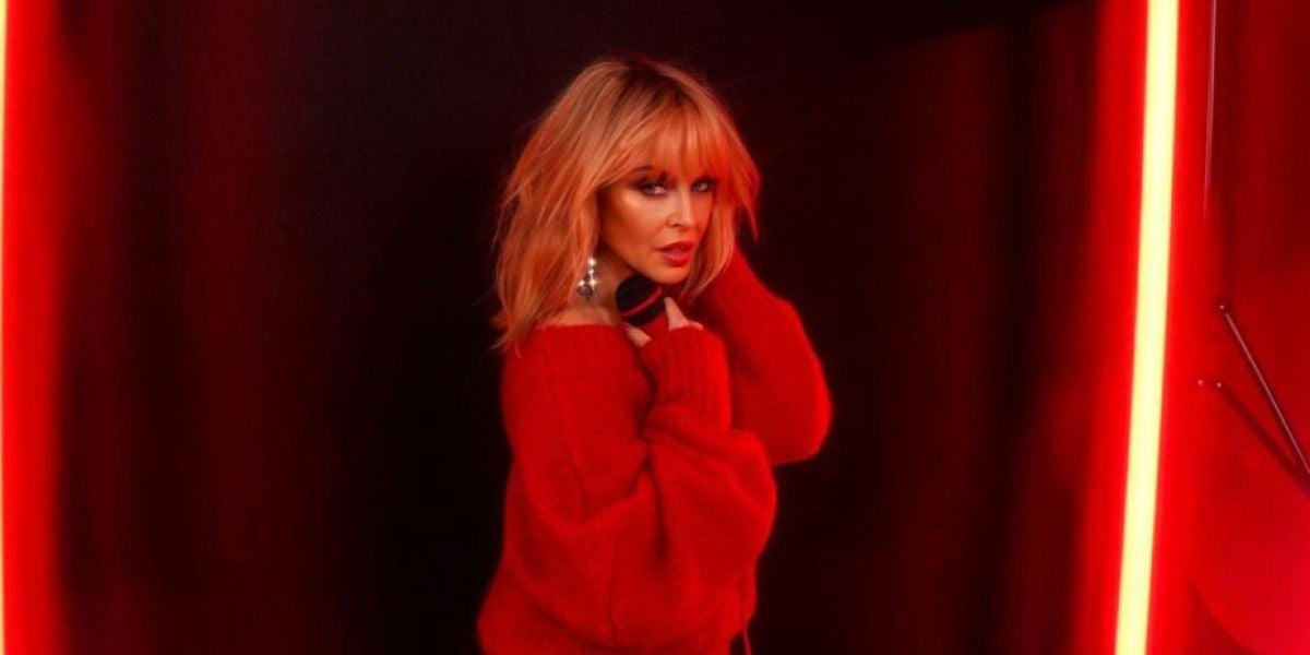 Kylie Minogue en la portada de 'Say Something'