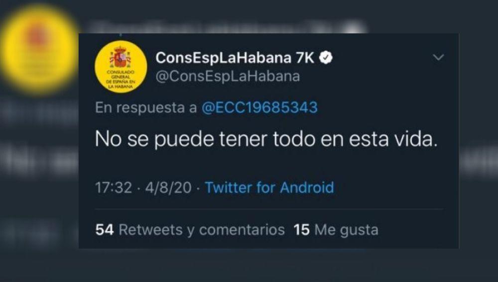 Captura de la polémica contestación del la cuenta del Consulado Español en La Habana