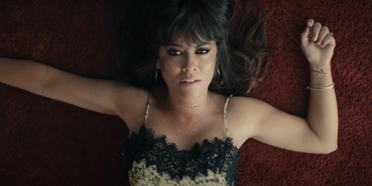 Vanesa Martín en el videoclip '... Y vuelo'