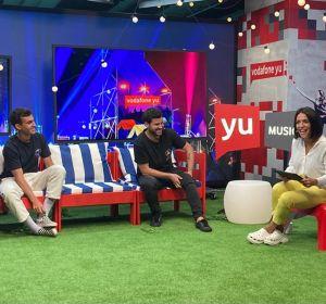 Taburete visita 'yu Music' con Lorena Castell y Carlos Marco