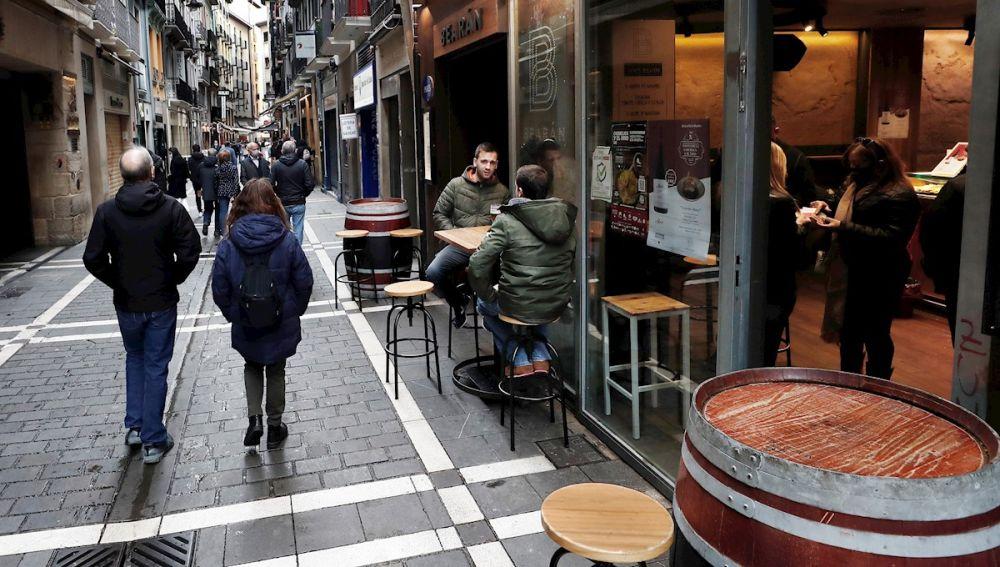 Coronavirus España: Estado de alarma en Madrid y posible toque de queda, confinamiento de municipios y última hora de la Covid-19 hoy