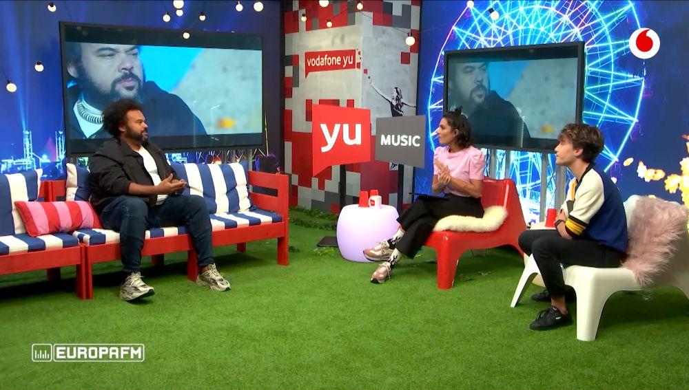Carlos Jean en 'yu Music' con Lorena Castell y Carlos Marco