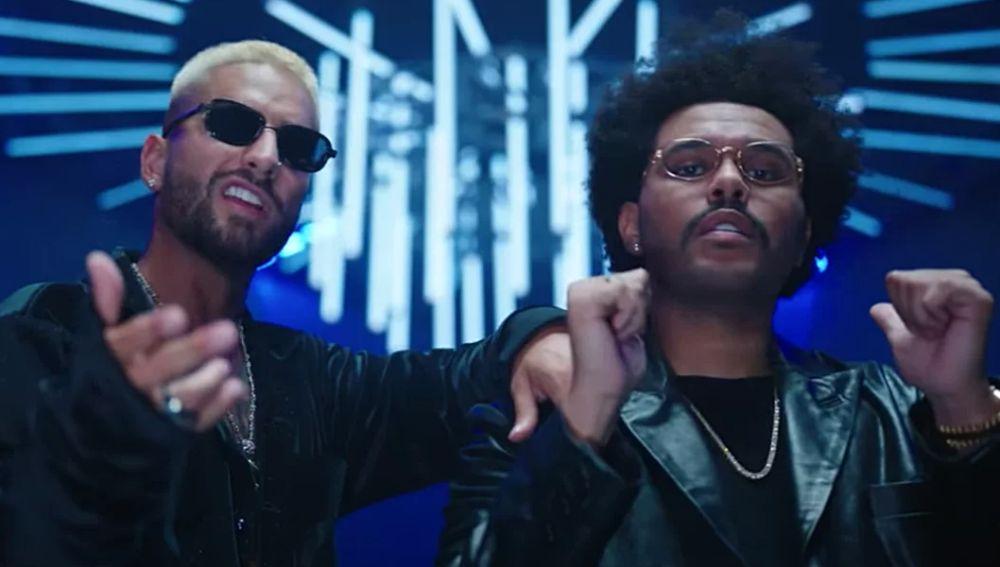 Maluma y The Weeknd en el vídeo de 'Hawái Remix'