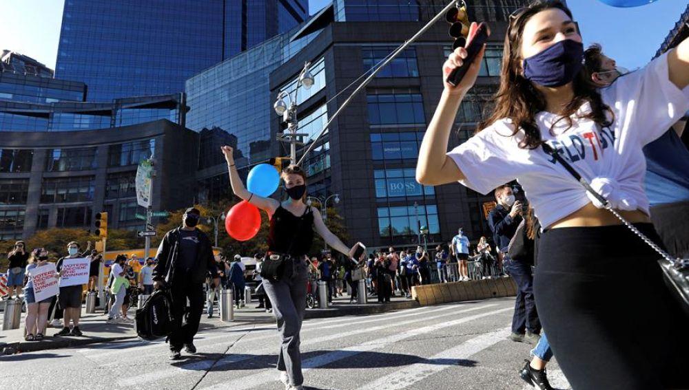 Las calles de Washington, Nueva York o Chicago celebran en masa la victoria de Biden