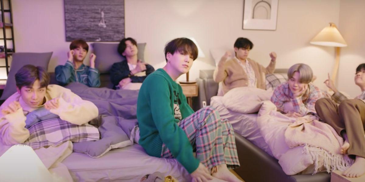 BTS en el vídeo de 'Life Goes On'