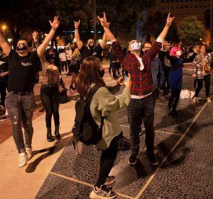 Acto festivo y reivindicativo organizado por la Plataforma de trabajadores del ocio nocturno en Barcelona