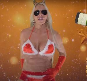 Leticia Sabater en su último villancico 'Papa Noel, you're the only one'
