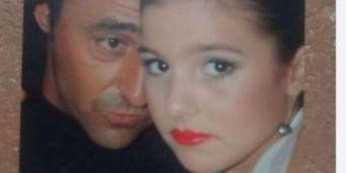 Anna Ferrer junto a su padre