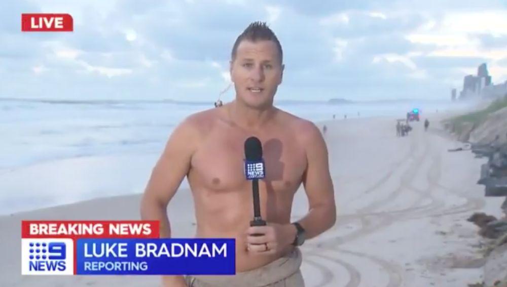 El meteorólogo Luke Bradnam explicando lo sucedido