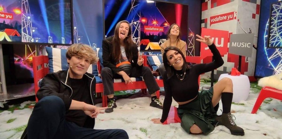Anaju visita 'yu Music' con Lorena Castell y Carlos Marco