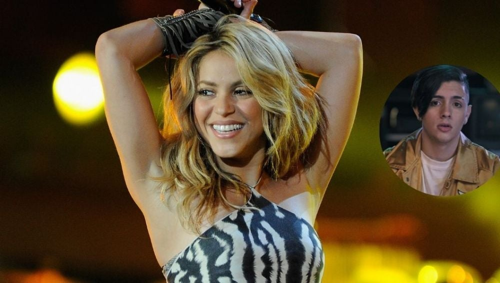 Shakira presenta a su sobrino