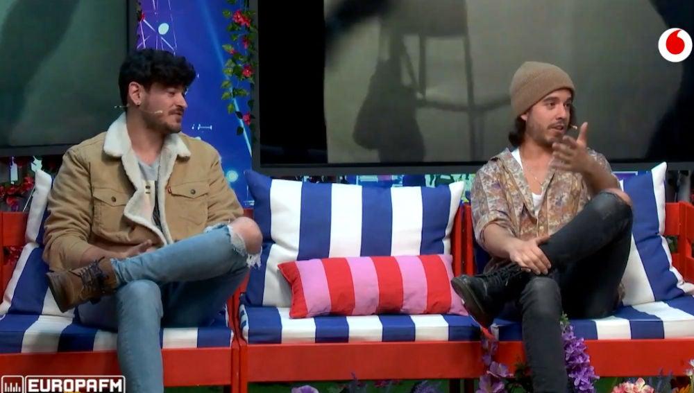 El pique de Luis Cepeda y Roi Méndez en 'Adivina la canción' en 'yu Music'