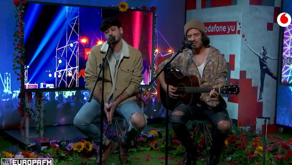 Cepeda y Roi Méndez cantan 'La misma dirección' en 'yu Music'