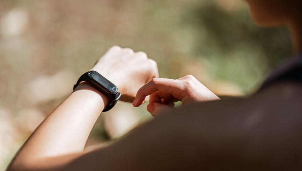Cómo escoger una pulsera de actividad: cuál es la mejor fit band para ti