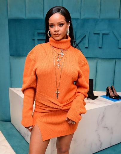 Rihanna se deshace del tatuaje que compartía con Drake
