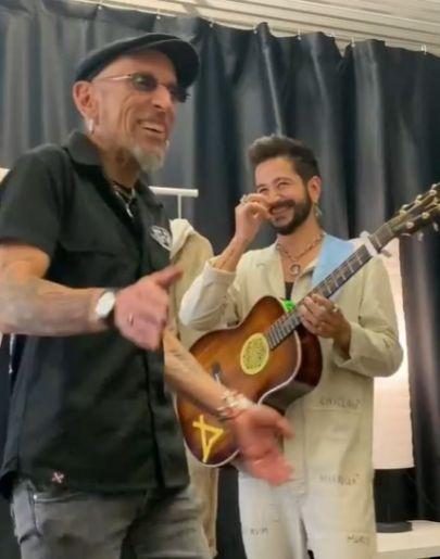 Camilo y Fito cantan juntos 'Soldadito marinero'