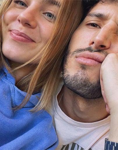 Clara Galle y Sebastián Yatra